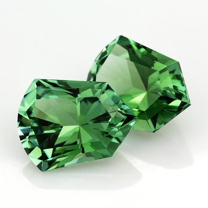 зелёный турмалин