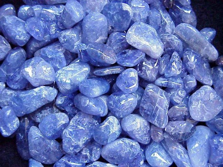 тазанит камень