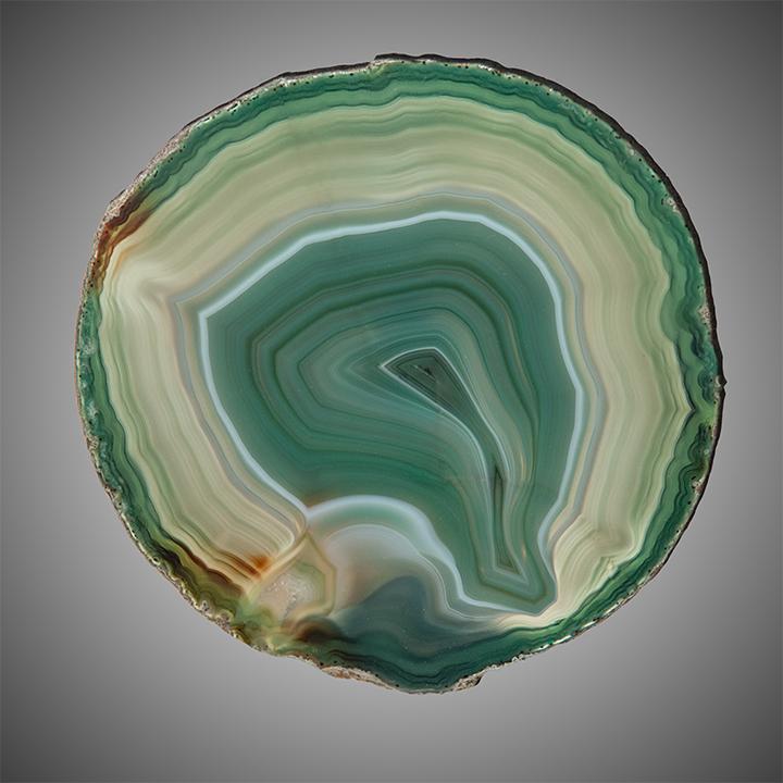 Зеленый агат: свойства и значение ценного минерала