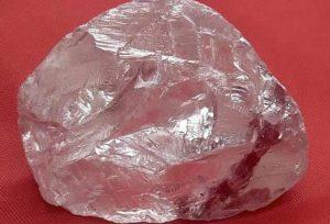 Фото алмаза в природе
