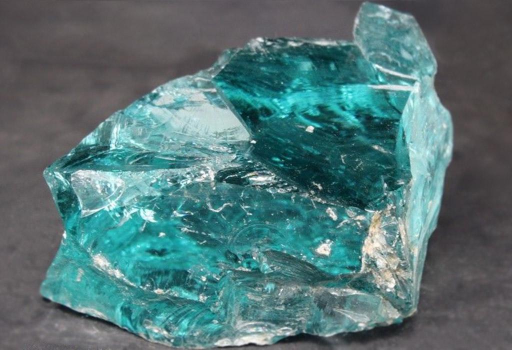 фото камня голубовато зеленоватому с блеском технологии позволяют