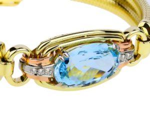 Золотой браслет из аквамарина