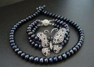 Чёрный жемчуг: украшения, которые впечатляют