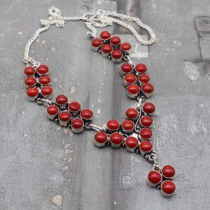 Какие бывают украшения из красного коралла