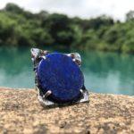 Кольцо с ляпис-лазурь: небесное украшение для идеального образа