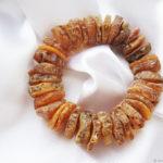 янтарный браслет